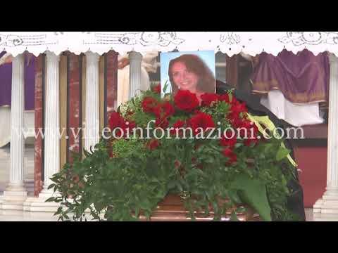 Torre Del Greco Funerali Di Immacolata Marrazzo Vittima Della Piena Del Raganello
