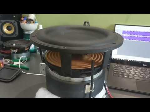 Velodyne SPL-800i Excursion on Technics Power