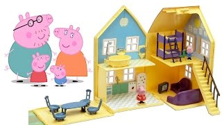 GRANDE CASA DI PEPPA PIG italiano, giochi per bambini, toc toc possiamo entrare Peppa?!
