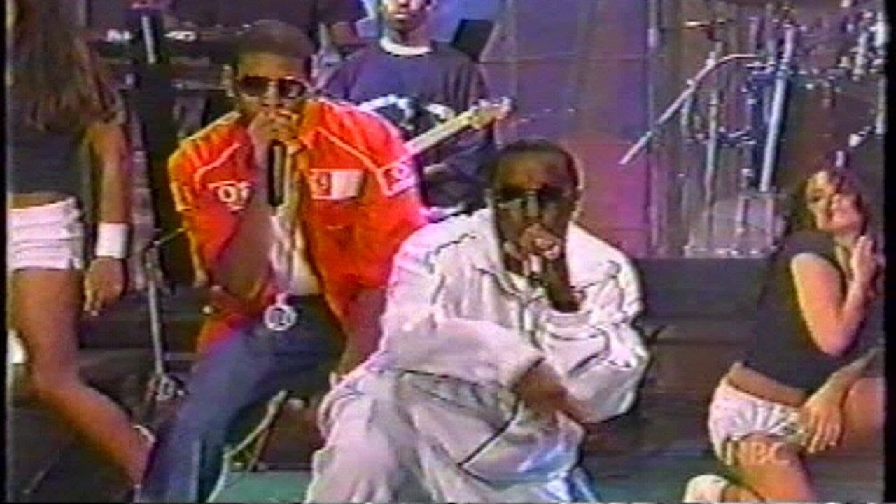 Download P. Diddy (Live) with Usher & Loon - I Need A Girl (2002)