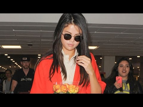 Selena Gomez' Fans to the Rescue After Airport Anxiety Attack!