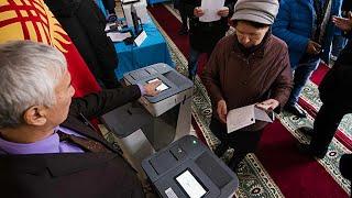 Свыше 70 партий подали заявки на участие в парламентских выборах в Кыргызстане