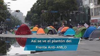 Entre la guardia nocturna y la lluvia que no cesó durante la noche, pocos integrantes del plantón instalado sobre avenida Juárez lograron conciliar el sueño