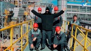 В социальных сетях завоевывает популярность новгородская пародия на клип «Тает лёд»