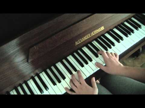 B.o.B Airplanes ( Instrumental piano cover)