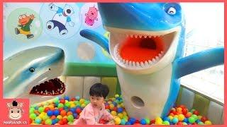 뽀로로 키즈카페 테마파크 어린이 놀이터 놀이 ♡ 뽀로로 상어 자동차 미끄럼틀 장난감 놀이 Pororo Indoor Playground Fun | 말이야와아이들 MariAndKids
