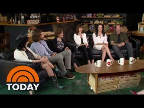 Gilmore Girls Cast Reunion Full   TODAY