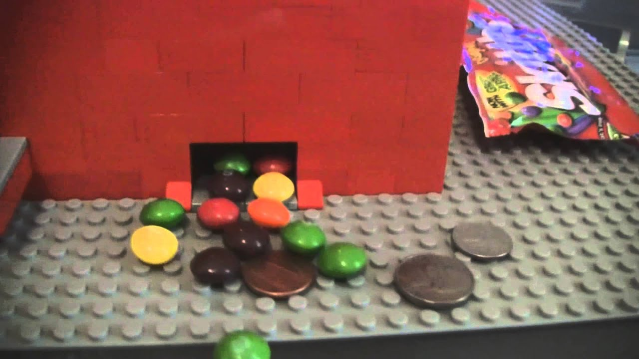 make mini lego candy machine takes money
