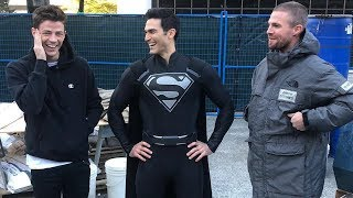 New Superman Crossover Suit! Arrow is back!