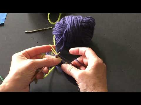 Stranded knitting - weaving long floats with left hand - YouTube