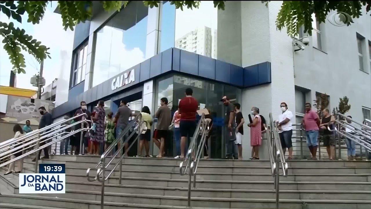 Notícias - Auxílio emergencial: Caixa paga novos lotes do benefício - online