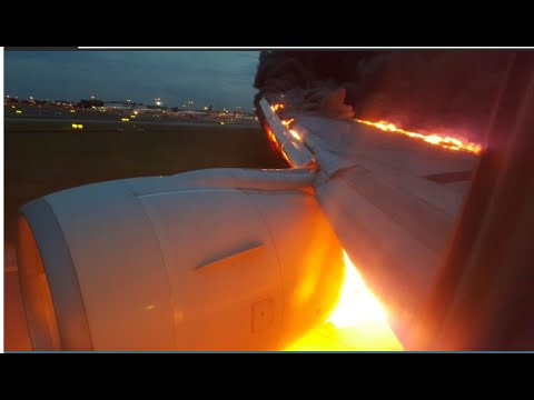 Singapore Airlines Plane Emergency Landing Fire Fighting Changi