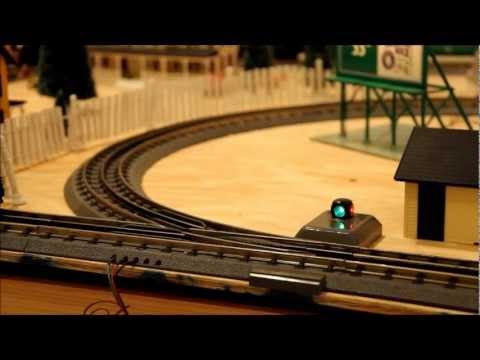 MTH Union Pacific Builds CSX Train While B&O Excursion Runs