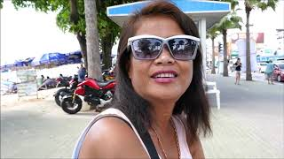 Talking to a nice older Thai Lady at Pattaya Beach