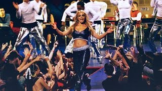 Britney Spears - ...Baby One More Time (Live @ Video Music Awards 1999)
