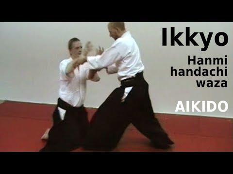 Aikido - IKKYO - hanmi handachiwaza, seated against standing attacker, by  Stefan Stenudd