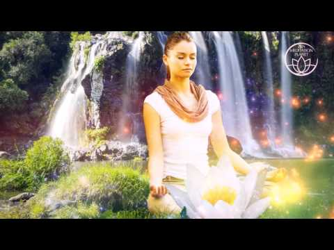 Be In The Now – Stress Reducing Mindfulness Meditation Music