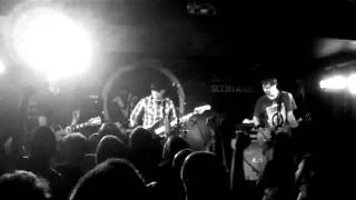 "Hot Water Music - ""True Believers"" Live in Glasgow"