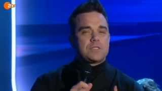 Robbie Williams - Let Me Entertain You (Piano Acoustic) [Live at WETTEN DASS..? 2012]