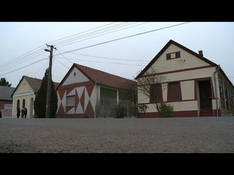 Les maisons op art des ann es 60 hongroises youtube - Maison des annees 60 ...