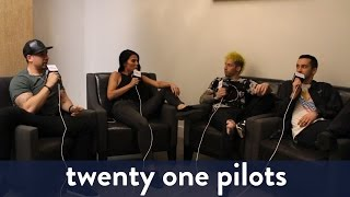 twenty one pilots Backstage Interview! | KiddNation
