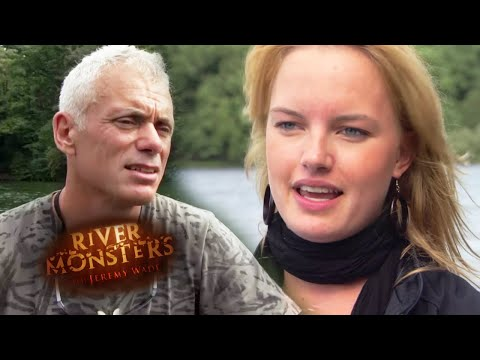 Catfish Attack In Berlin | HORROR STORY | River Monsters