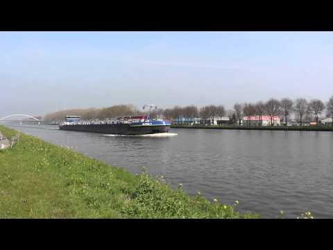 Boats on Amsterdam–Rhine Canal #1