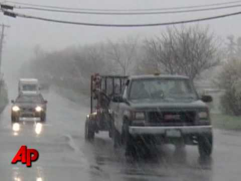 Up to 2 Feet of Snow Hits Northern New England