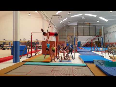 Sfida salti indietro consecutivi ginnastica artistica csb
