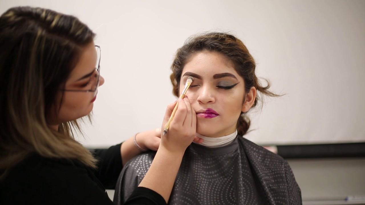 Taking A Look At Good Vs Bad Makeup Youtube