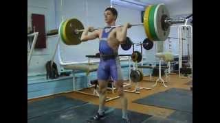 Самылов Слава, 16 л. Толчок 90 кг на 2 раза, вк 69 кг
