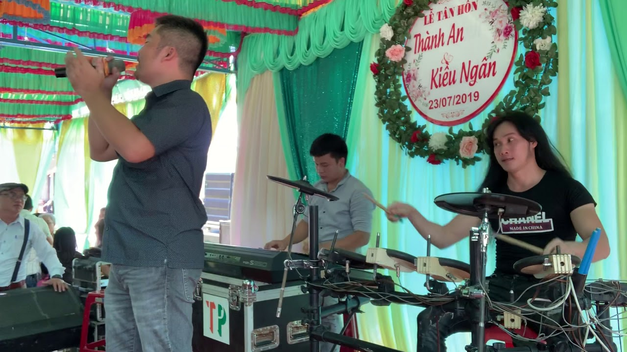 Anh Muốn Sống Bên Em trọn Đời-Siu Black-rock-disco(cover drum ThiênTài)rock cực sung, band thiên phú
