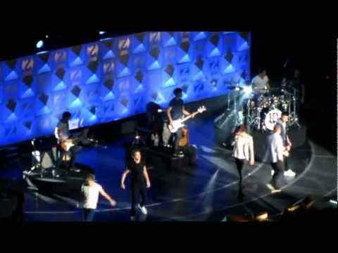 One Direction - ONE THING 12/7/12 z100's JINGLE BALL HD