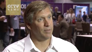 One more question for U.S. presidential candidate Zoltan Istvan on robots