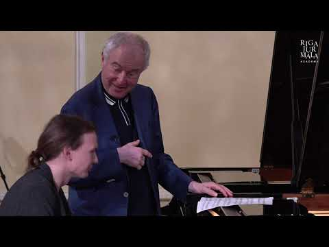 Piano masterclass with András Schiff and student Pāvels Laganovskis