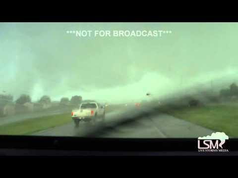 7-1-15 Lees Summit, Missouri INSIDE Tornado!
