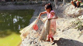 Girls With Cast Net Fishing Girl fishing Beautiful Net P 196
