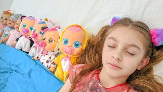 Ten in the bed nursery rhyme song from Sunny Kids Songs