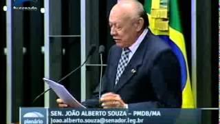 João Alberto parabeniza ex-senador José Sarney pelo aniversário de 84 anos