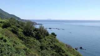 004 小砂子山道から日本海に浮かぶ渡島小島・大島を遠望。