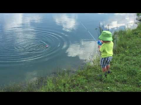 Baby catches a fish! My little one year old boy catching a fish all by  himself!