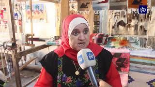 أم محمد العرود .. أنامل من ذهب تتحدى الصعاب