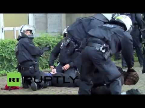 Germany: Arrests and scuffles as anti-refugee protest erupts in Dortmund