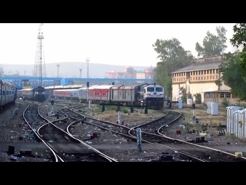 Early Morning Arrival at Jaipur - Indian Railways