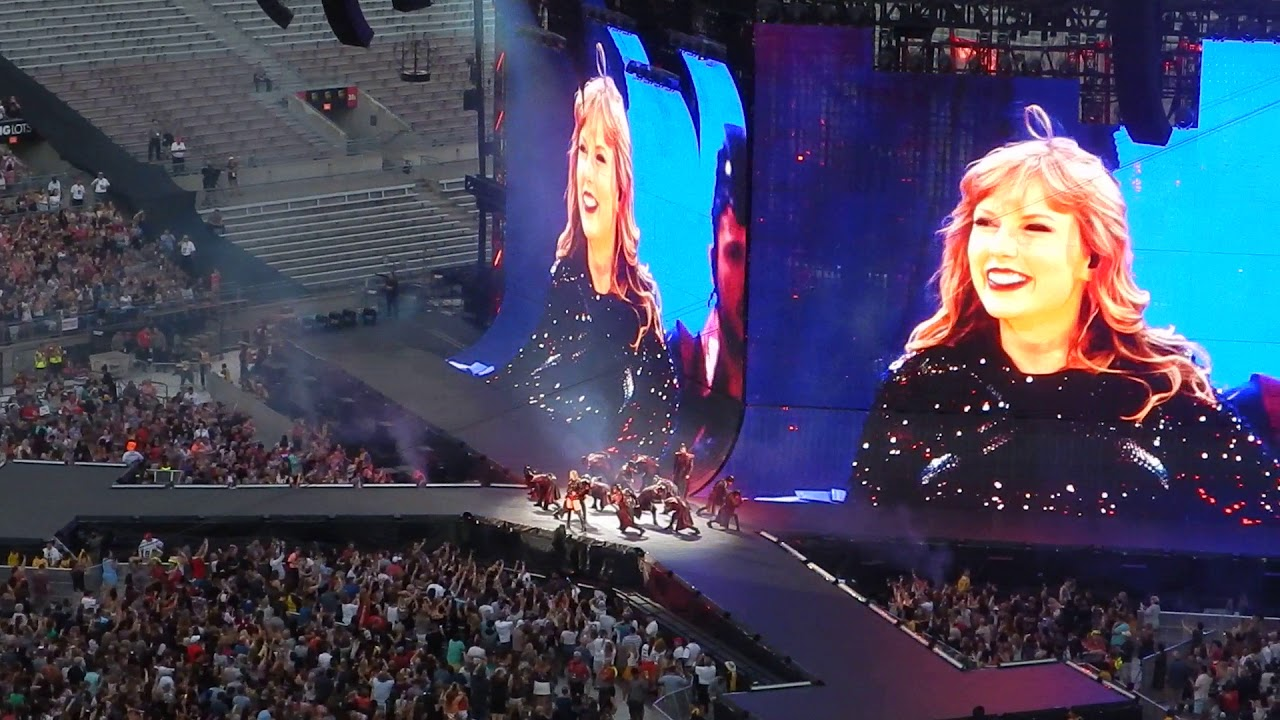 Taylor Swift Reputation Stadium Tour Columbus Ohio Ready For It Clip 2 Youtube