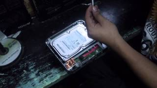 Disassembling Samsung 3.5 Inch External Hard Disk Drive