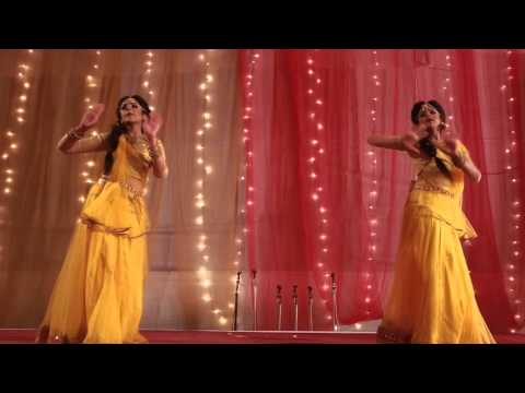 Nagada Sang Dhol - Dance by Farah and Fariha Kabir !