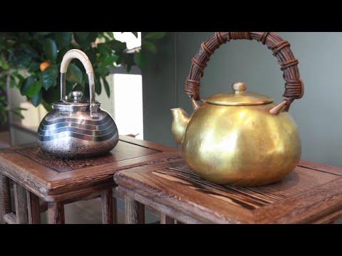 Японское искусство ковки чайников династией Мотойоки Тамагава для компании BORK