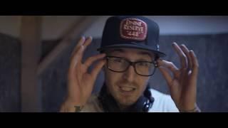 Смотреть клип Chris Webby - Rookie Of The Year