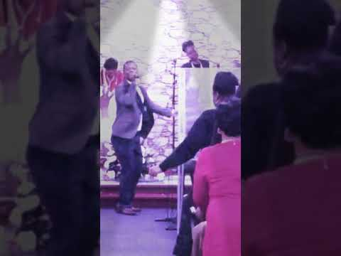 Michael Whyte ministering Glory glory Lord..We give You glory Lotd